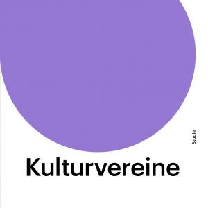 """Auf dem Titelbild zur Publikation """"Kulturvereine. Selbstverständnis, Strukturen, freiwilliges Engagement"""" ist der gesamte Titel abgedruckt. Außerdem eine lilafarbene Fläche, die die Hälfte des Bildes einnimmt. Auch das Logo der BKJ ist abgebildet."""
